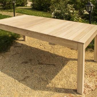 Столы для сада из натурального дерева