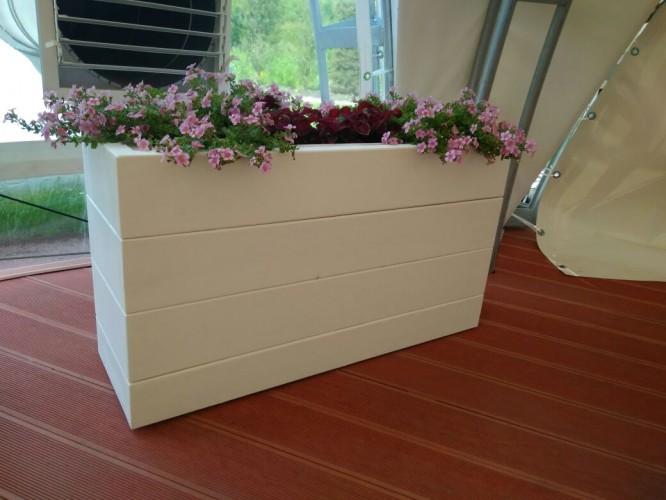 Кашпо-ящик для цветов