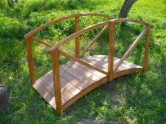 Деревянный мостик для сада